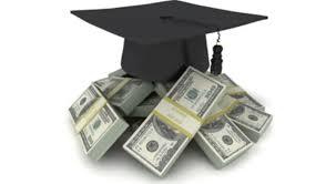 Educación pretende generar préstamos en vez de becas